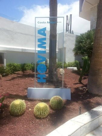 HOVIMA Costa Adeje: new sign front of hotel