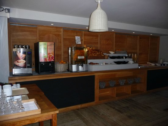 Kilina Hotel : Buffet petit déjeuner