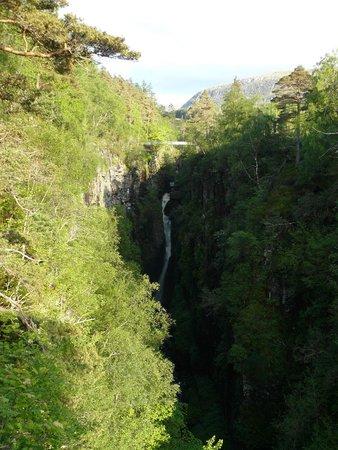 Corrieshalloch Gorge: Wasserfall