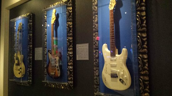 Hard Rock Cafe: Memorabilia