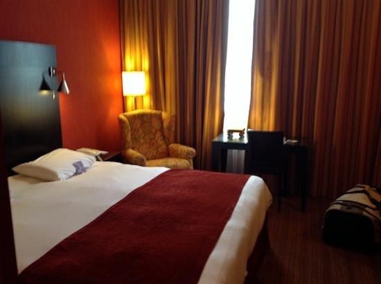 Mercure Bordeaux Chateau Chartrons : chambre