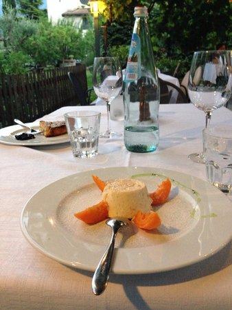 Osteria Le Servite : Абрикосовый мусс / apricot mousse