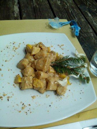 Baita Caserina : Gnocchetti noci e miele