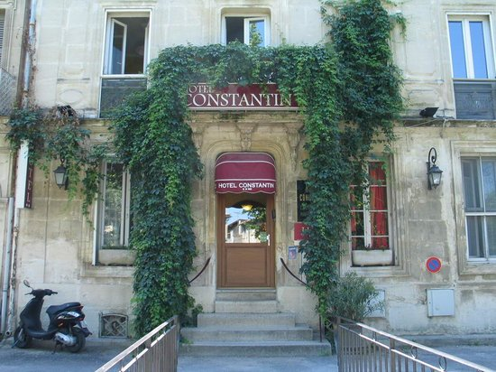 Arles, Hotel Constantin - façade
