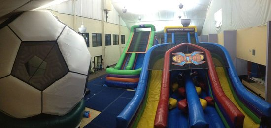 Annandale, VA: Overview of Alexandria Coliseum's Bounce Floor