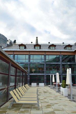 Hotel Aneto: Pool area