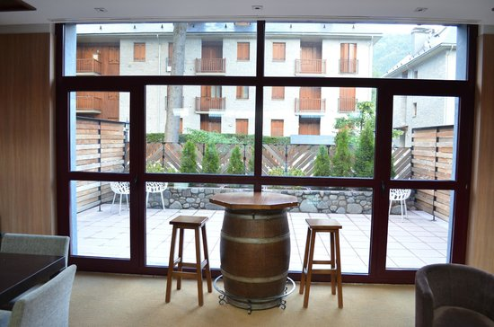 Hotel Aneto: View from inside