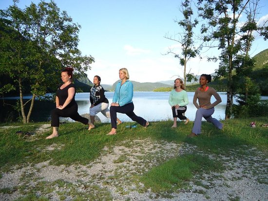 Hotel/Pension Stare at the Bohinj Lake: yoga in ukanc at hotel stare