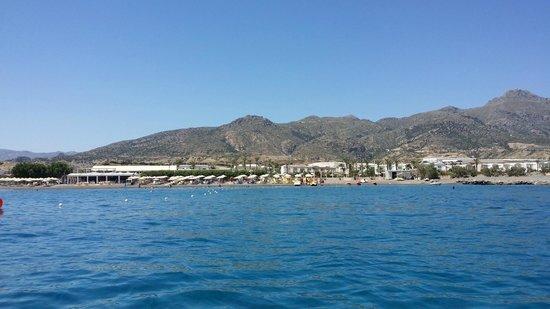 Ostria Resort & Spa : l'hôtel vu de la mer