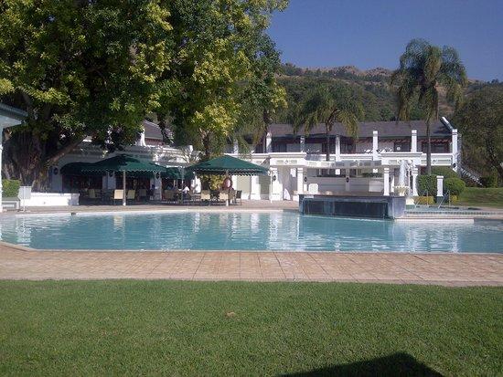 Royal Swazi Spa: swimming pool