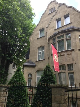 Hotel Villa Achenbach: Building exterior