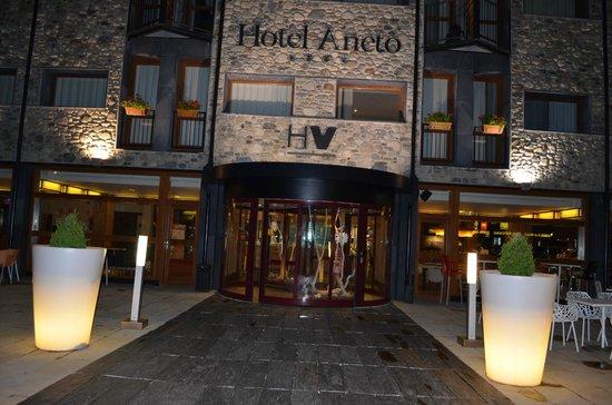 SOMMOS Hotel Aneto: Outside