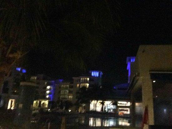 Occidental Costa Cancun: night view