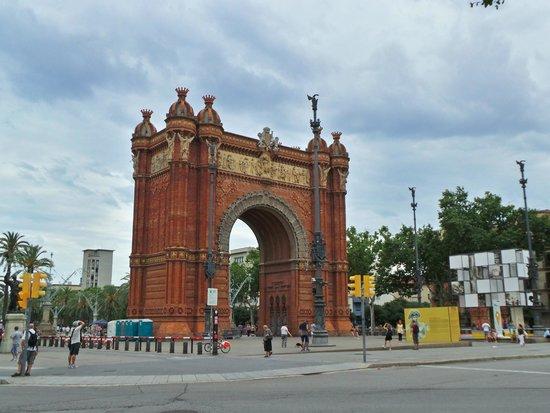 Arc de Triomf : arc