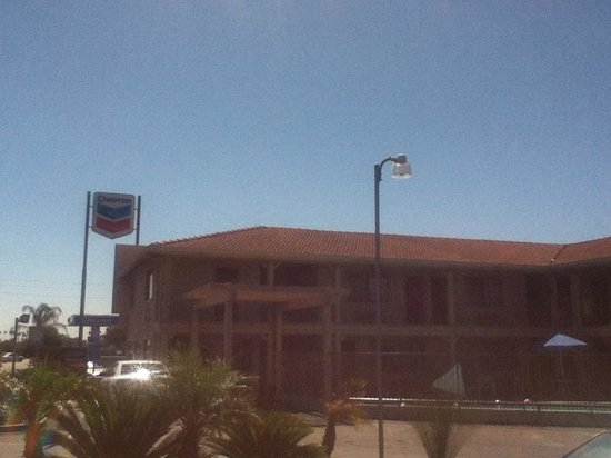 Best Western Hanford Inn: Front View