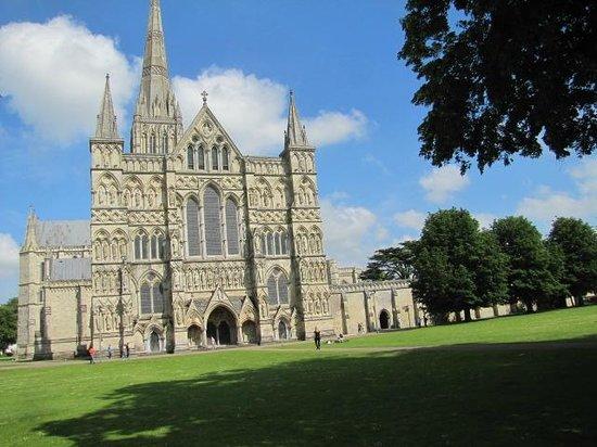 Salisbury Cathedral and Magna Carta: Imposing