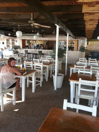 Marina Palace by Intercorp Hotel Group: bar/restaurant
