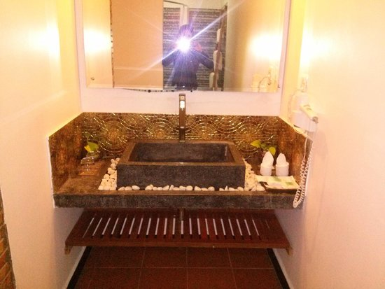 Diamond D'Angkor Boutique: Bathroom