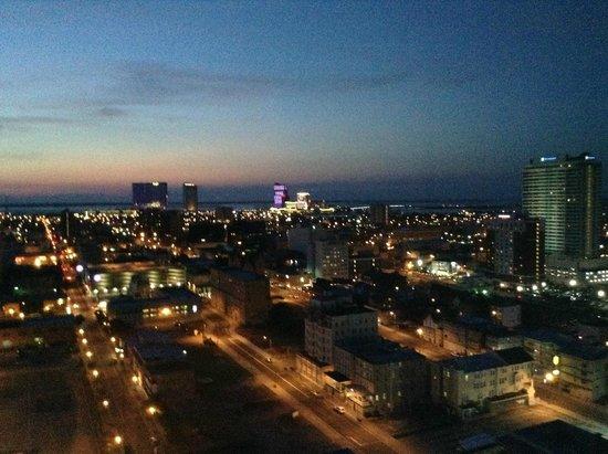 Atlantic Palace Suites: Sunset