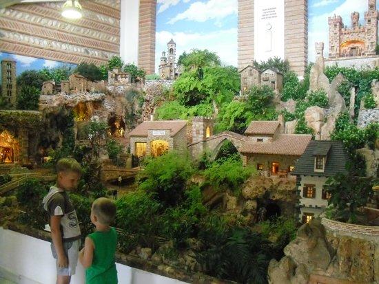 Valle del Guadalest: музей кукол