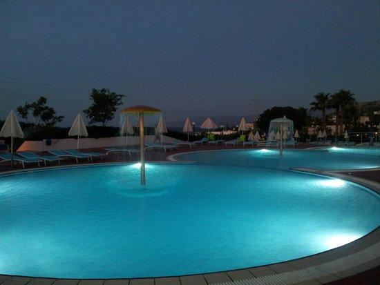 Royal Belvedere : Piscine non nageurs et pataugeoire