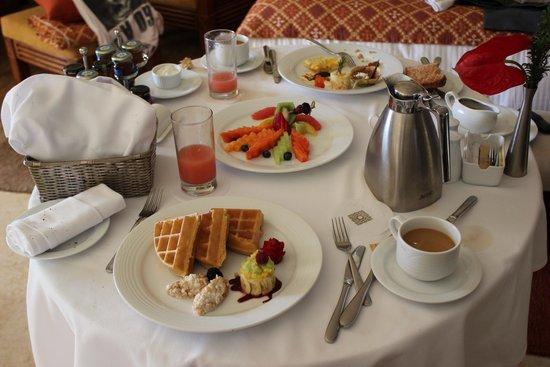 Grand Velas Riviera Maya: Breakfast