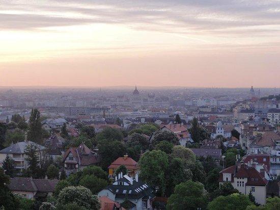 Hotel Budapest: Sunrise