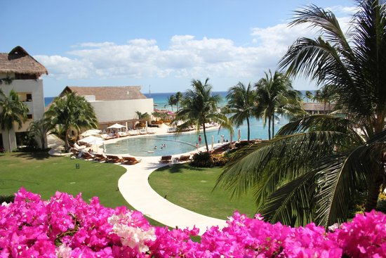Grand Velas Riviera Maya: View - main building