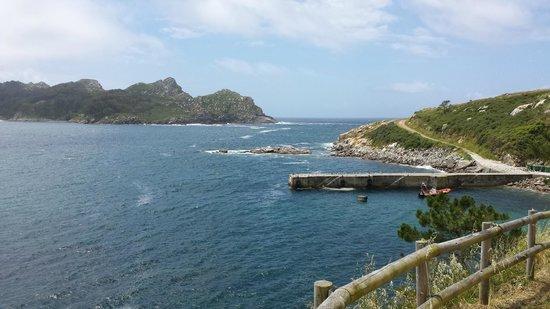 Barco Islas Cíes - Cruceros Rias Baixas: Walk to the lighthouse