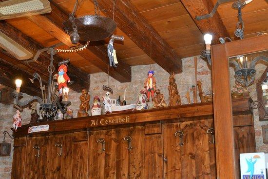 Ai Cesendeli: interior restaurante