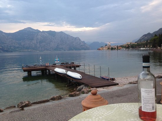 Beach Hotel Du Lac: Drinks and dining area views