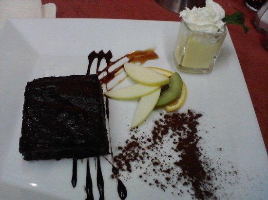 Le cochon a l'oreille : eines von vielen leckeren Desserts, lecker !!!!!!!!!!!!