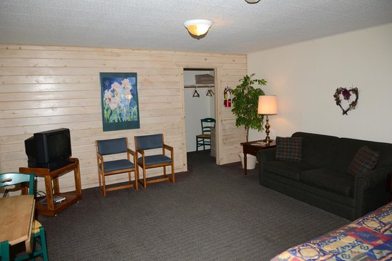Thomsonite Beach Inn & Suites : unit 11