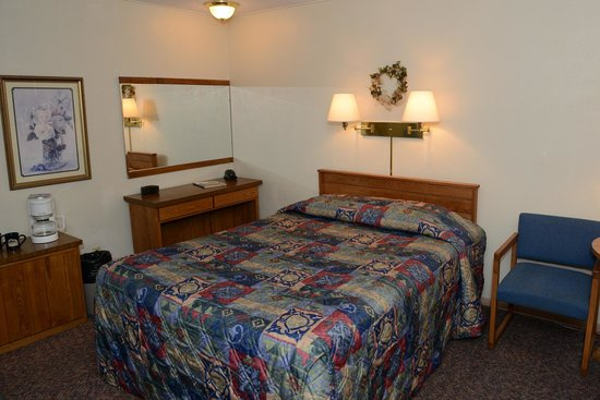 Thomsonite Beach Inn & Suites: unit 1