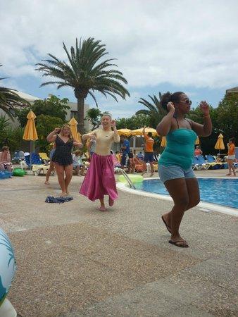 Suite Hotel Atlantis Fuerteventura Resort : The Animation team