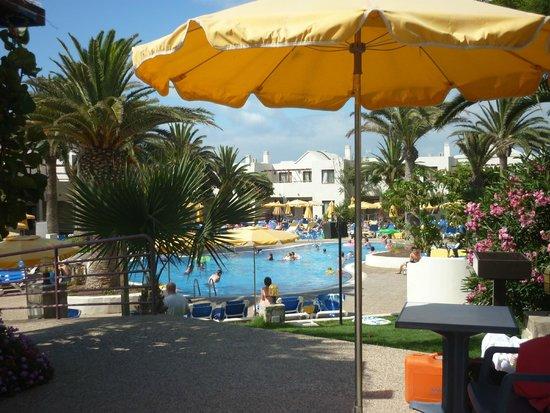 Suite Hotel Atlantis Fuerteventura Resort : The Main Pool