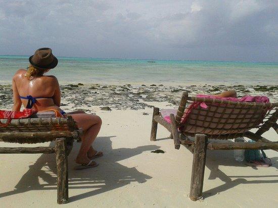 Zanzest Beach Bungalows: Good sea