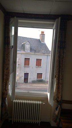 Hotel Le Saint Florent: vue de la chambre