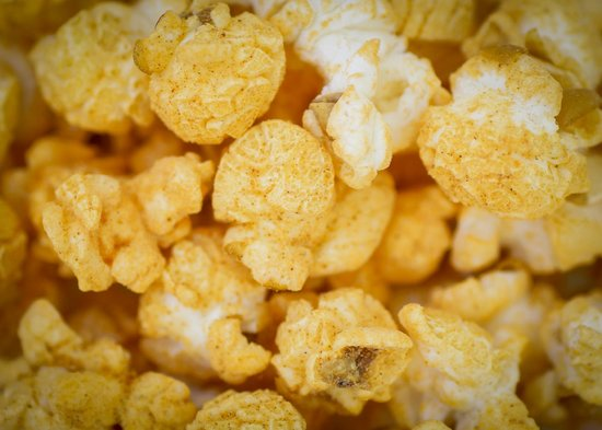Metropolis Popcorn: Sriracha Popcorn
