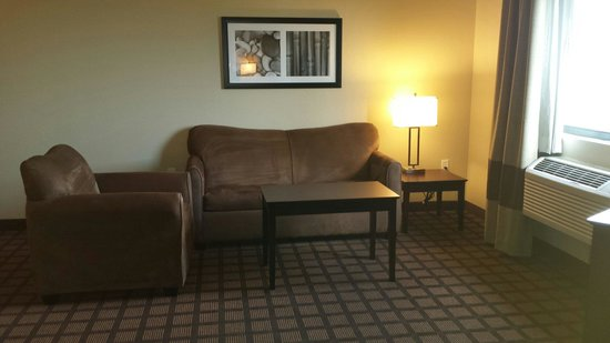 La Quinta Inn & Suites Bonita Springs Naples North: King Suite