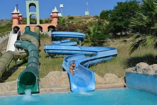 Didim Aquapark : детям подошла и взрослая