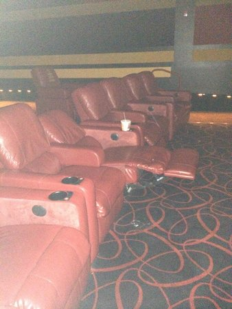 Atlanta, GA: Reclining seats