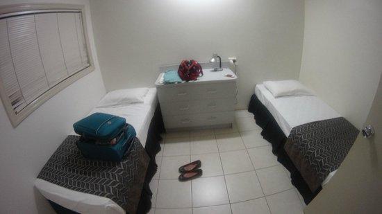 Cairns Queenslander Hotel and Apartments: Quarto bom