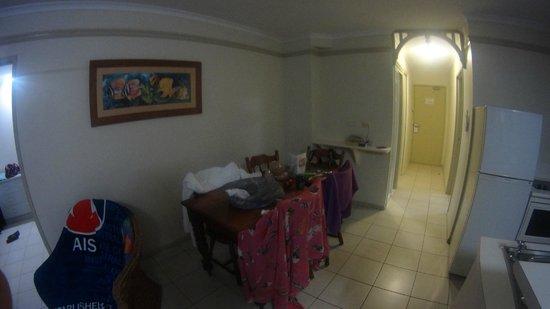 Cairns Queenslander Hotel and Apartments: Sala jantar