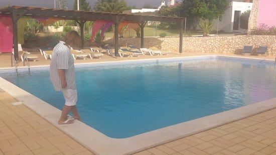 Aurora Sol: Небольшой бассейн гостиницы