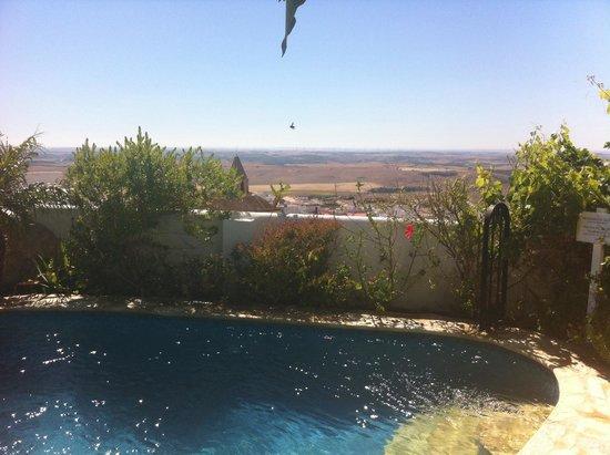 La Vista de Medina: Pool with a view