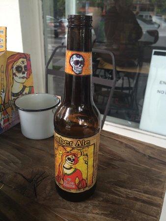 Cate de mi Corazon : Venden cerveza Día de Muertos, gran recomendación de la casa