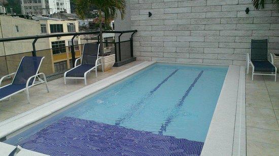 Ibiza Copacabana Hotel: Rooftop pool