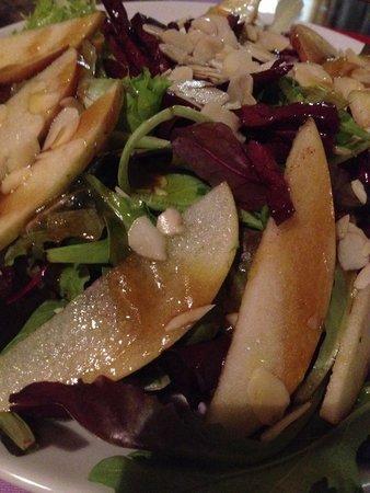 Al Vecchio Fontec: Molto buona insalata. Ad Olesya è piaciuta tanto!