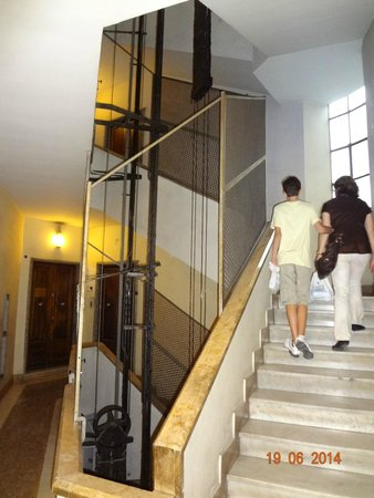Principe Eugenio: Entrada do edifício